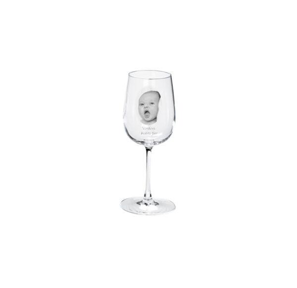 Hvidvinsglas med billede